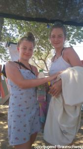 04 07 Leni&Tessa